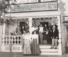 Disneyland has become a worldwide favorite holiday destination but there are many facts about Disney theme parks that you probably never knew. Disneyland Opening, Disneyland Main Street, Vintage Disneyland, Disneyland California, Disneyland Resort, Disney Facts, Disney Love, Disney Magic, Walt Disney