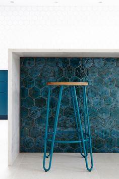 New Terracotta glazed ceramic tiles - 'Mystery Teal Explosion' Hexagon shaped tiles House Extension Design, Extension Designs, Extension Plans, Side Extension, Open Plan Kitchen Living Room, Home Decor Kitchen, Kitchen Ideas, Kitchen Tile Inspiration, Secret House