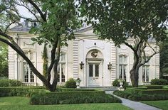 River Oaks in Houston. Some of the most beautiful homes in the world.