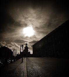 Slottsbacken #bw #oldtown #gamlastan #storkyrkan #stockholm #sweden #travel #ttot #tweaked