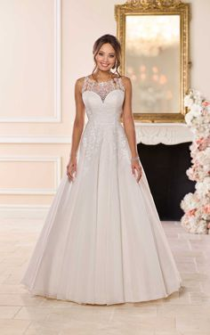 40043f95510 Stella York Bridal 6675 Affordable and sweet, this designer wedding dress  from Stella York is an absolute classic. Lace, tulle and royal organza  create a ...