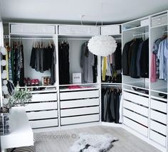Master Walk in Closets & Organized Closet Space. Ikea Pax Wardrobe, Ikea Closet, Bedroom Wardrobe, Closet Space, Dressing Ikea, Dressing Rooms, Ideas Armario, Closet Vanity, Master Bedroom Closet