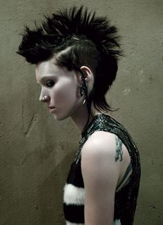 Lisbeth Salander (Rooney Mara) The Girl With the Dragon Tattoo