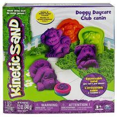 Песок для детского творчества - KINETIC SAND DOGGY (фиолетовый, зеленый, формочки, 340г)  Цена: 517 UAH  Артикул: 71415Dg  Этот чудесный набор содержит 3 формы для создания веселых щенков, а коробка легко трансформируется в прекрасную песочницу-лужайку! Кроме того, пресс-форма из набора позволит малышу с легкостью приготовить «угощение» для щенков! В наборе зеленый и фиолетовый песок. KINETIC SAND - это 98% чистейшего кварцевого песка и 2% специального связующего агента, благодаря которому…