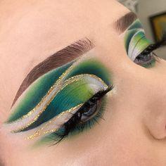 Cute Eye Makeup, Cool Makeup Looks, Creative Makeup Looks, Eye Makeup Art, Colorful Eye Makeup, Beautiful Eye Makeup, Halloween Makeup Looks, Makeup Geek, Makeup Inspo