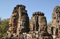 7 days highlights of Cambodia (excl. hotels) – Package Tour Cambodia | With this 7 days tour you'll enjoy the highlights of Cambodia. After a couple of days in Phnom Penh, you'll have a scenic drive over land to Battambang and Siem Reap. Here you'll spend your last 2 days enjoying the incredible temples of Angkor Wat.