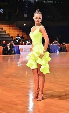 latin dance competition Dance - Dance World 2020 Latin Ballroom Dresses, Ballroom Dancing, Latin Dresses, Ballroom Costumes, Dance Costumes, Dance Tutorial, Tango, Paige Hyland, Salsa Dress