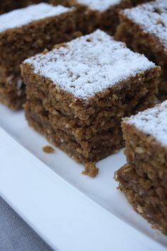 Parkin (Yorkshire Ginger and Black Treacle) Cake