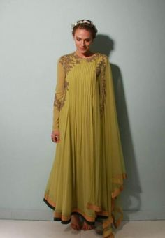 Ridhi Mehra Info & Review   Bridal Wear in   Wedmegood