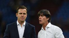 Oliver Bierhoff (l.) und Bundestrainer Joachim Löw