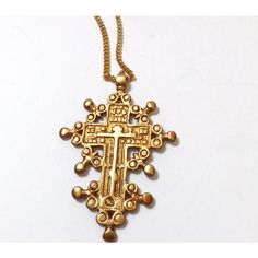 Gold Tone Vintage Cross Pendant Museum Replica on Long Chain Unisex... (96 ILS) ❤ liked on Polyvore featuring jewelry, necklaces, cross jewelry, vintage jewelry, vintage cross jewelry, vintage crucifix necklace and gold tone jewelry