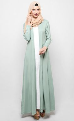 Cut and Sew Jubah in Mint Green