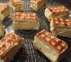 I have been making this slice for ever & each time I get asked for the recipe. So for those who haven't made this slice I thought I would share it with you. Vanilla Recipes, Fun Baking Recipes, Tea Recipes, Sweet Recipes, Dessert Recipes, Cake Recipes, Recipies, Easy Sweets, Easy Desserts