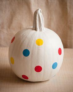 Sweet Paul's SIMPLE Polka-Dot Pumpkin - Halloween doesn't always have to be spooky!