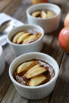 Postre de manzana y canela Snacks Saludables, Pudding, Desserts, Recipes, Flan, Gluten, Yoga, Kitchen, Molde