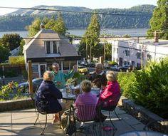 List of Restaurants, eateries, pubs etc Nora's in Hood River