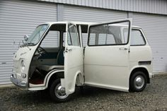 DO YOU LIKE VINTAGE? Classic Japanese Cars, Classic Cars, Subaru, Kei Car, Beach Cars, Miniature Cars, Cool Vans, Japan Cars, Mini Trucks