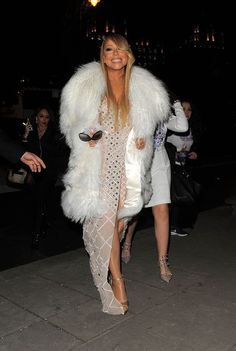 Mabel Naija's Blog (MNB)                                                      : FASHION: Diva Mariah Carey Arrives In Style for Lo...