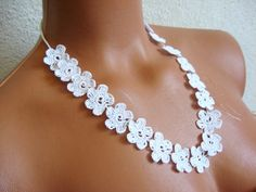 Crochet lace flower necklace for wedding by emofoFashionDesing