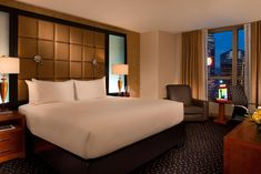 Booking.com: Hotel Millennium Broadway Times Square , New York, USA - 3684 Gästebewertungen . Buchen Sie jetzt Ihr Hotel! Times Square New York, Broadway, Hotels, Usa, Furniture, Home Decor, Lounge Seating