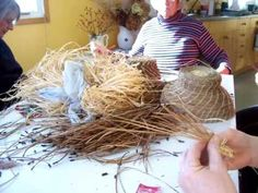 Nancy Today: Coiled Pine needle basket tutorial 2 (pine needles 6)