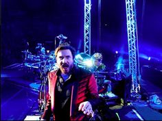 Share it Friday with Duran Duran - let's see how many Pins this photo of Simon Le Bon will get....