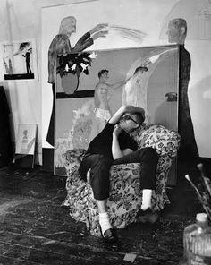 thegoldeneternity:  David Hockney in his studio, 1963 photographed byJorge Lewinski.
