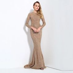 829d8626a2845 78 Best Lookbook images in 2019 | Neckline, Plunging neckline ...