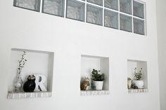 アーチの中のやさしい異空間-リビングへあえて見せる洗面スペース-(一戸建て):リフォーム事例。自然素材の住まいやロハスな住宅リフォーム、マンションリフォームを提供