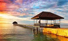Togean, Sulawesi, Indonesia.  www.burufly.com