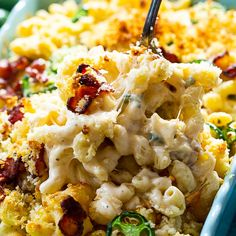 Jalapeno Popper Mac and Cheese - Spicy Southern Kitchen Jalapeno Recipes, Spicy Recipes, Cooking Recipes, Cheese Recipes, Jalapeno Poppers, Stuffed Jalapeno Peppers, Bacon Mac And Cheese, Cheddar Cheese, Ultimate Mac And Cheese