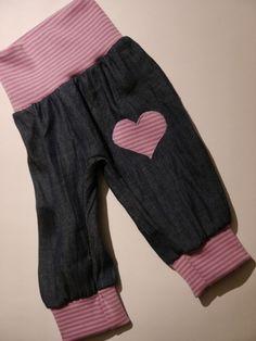 Pumphosen - *Jeans Herz* eine Hose, die mitwächst - ein Designerstück von traumgenaeht bei DaWanda