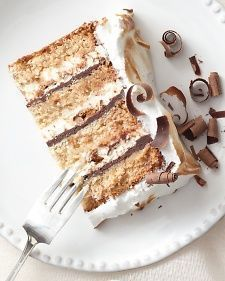 Graham Cake - Martha Stewart Weddings Alcohol-free #weddingcakes