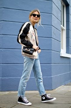 Lucy Williams de Fashion Me Now #look #outfit #bomber #converse #blogger #outfit #look