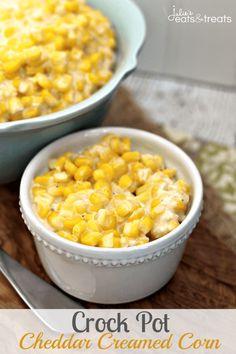 Crock Pot Cheddar Creamed Corn ~ http://www.julieseatsandtreats.com