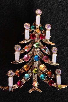 Vintage Weiss Christmas Tree Pin Z
