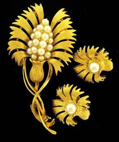 VTG GOLD TONE PEARL FLOWER LISNER PIN BROOCH EARRINGS | eBay
