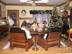 Christmas in Granny's Craftsman dollhouse