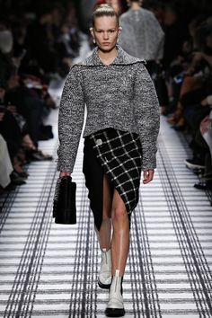 Balenciaga Paris Fashion Week AW '15'16