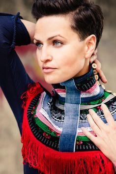 Ketten lang - Blau und rot Kragen - ein Designerstück von Baboshka bei DaWanda