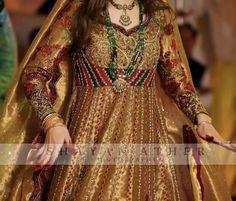 Bridal Mehndi Dresses, Nikkah Dress, Pakistani Dresses, Work Dresses, Girls Dresses, Formal Dresses, Black Saree, Dress Girl, Indian Outfits