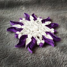 """9 Likes, 1 Comments - ruzy (@ruzy987) on Instagram: """"#paperquilling #snowflake #christmas #diy #selbstgemacht"""""""