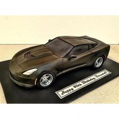 car cake I must be having a midlife crisis. Im making corvettes cakes now. Corvette Cake, Semi Truck Cakes, Cars Cake Design, Car Cakes For Men, Ferrari Cake, Car Cake Tutorial, Blackberry Cake, Sculpted Cakes, Fashion Cakes