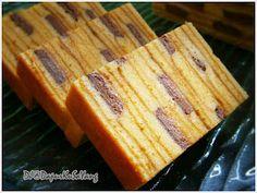 DapurKu SaYang: Kek Lapis India / Cadbury Layered Cake Layer Cake Recipes, Layer Cakes, Bolu Cake, Sponge Cake Roll, Lapis Legit, Resep Cake, Chocolate Cheese, Asian Desserts, Iftar