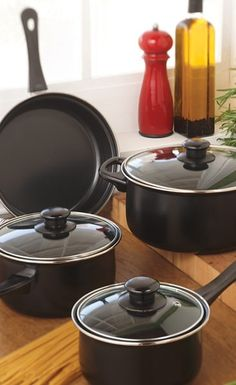 Whip something up with these! #AnnasLinens #Cookware