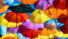 Aprenda as cores básicas em inglês e suas tonalidades com o teacher Stephen no blog da EF Englishtown.