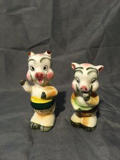 Vintage Pigs Salt and Pepper Shakers by TarasTreasureShoppe  #pigs  #pigsaltandpeppershakers  #vintage  #antique  #piggies