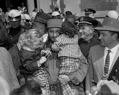Fidel Castro at the Bronx Zoo, 1959 - Fidel Castro: Cuba's leader visits New York - NY Daily News