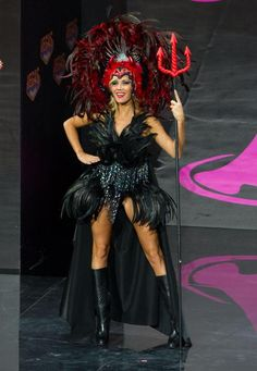 2013 Miss Universe National Costume Show................BELGIUM