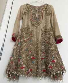 Honordresses is an excellent online clothing store. You will have all the clothes you need at a good price.Welcome to buy, secure payment and fast delivery. Pakistani Party Wear, Pakistani Wedding Outfits, Pakistani Dress Design, Pakistani Dresses, Indian Dresses, Indian Outfits, Stylish Dresses, Casual Dresses, Fashion Dresses